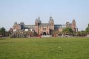 Amsterdam: Rijksmuseum; niederländisches Nationalmuseum am Museumplein im Amsterdamer Stadtteil Oud-Zuid