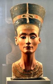 Nofretete (Nefertiti), entstanden zw. 1353�1336 v. Chr., Altes Museum, Berlin