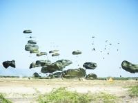Airdropclose 18 01 2010 haiti