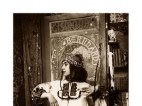 Alfons_Mucha_model_Study_for_Figures_Decoratives_Rue_du_Val_de_Grace,_ca._1901