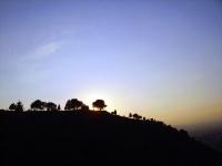 Alhambra-Hügel in der Abenddämmerung