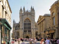 Bath_abbey_and_roman_baths_arp