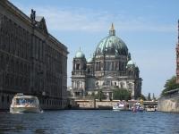 Berliner_Dom_von_der_Spree_aus_gesehen