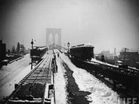 Brooklyn Bridge snowy