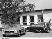 Bundesarchiv_B_145_Bild-F003566-0004,_Sindelfingen,_Mercedes_Autowerk