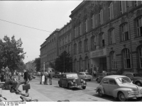 Bundesarchiv_B_145_Bild-F005759-0014,_Frankfurt-Main,_Universität