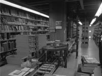 Bundesarchiv_B_145_Bild-F031428-0010,_Aachen,_Technische_Hochschule,_Bibliothek