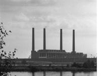 Bundesarchiv_B_145_Bild-F040728-0012,_Wolfsburg,_VW_Autowerk,_Auffangbecken