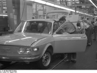 Bundesarchiv_B_145_Bild-F040733-0002,_Salzgitter,_VW_Autowerk