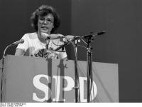 Bundesarchiv_B_145_Bild-F048636-0015,_Dortmund,_SPD-Parteitag,_Wieczorek-Zeul