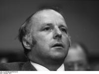 Bundesarchiv_B_145_Bild-F054626-0012,_Ludwigshafen,_CDU-Bundesparteitag,_Blüm