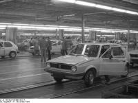 Bundesarchiv_B_145_Bild-F054863-0011A,_Wolfsburg,_VW_Autowerk