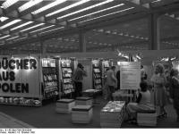 Bundesarchiv_B_145_Bild-F061584-0004,_Frankfurt-Main,_Buchmesse