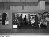 Bundesarchiv_B_145_Bild-F061585-0004,_Frankfurt-Main,_Buchmesse