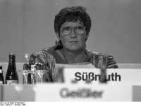 Bundesarchiv_B_145_Bild-F073599-0017,_Mainz,_CDU-Bundesparteitag,_Rita_Süssmuth
