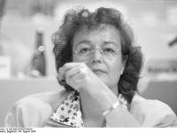Bundesarchiv_B_145_Bild-F079276-0014,_Münster,_SPD-Parteitag,_Deubler-Gmelin