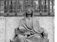 Bundesarchiv_B_145_Bild-F088483-0007,_Berlin,_Landgericht_Berlin,_Justitia