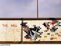 Bundesarchiv_B_145_Bild-F088801-0004_Berlin_East_Side_Gallery