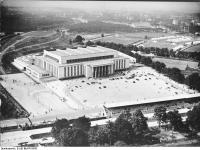 Bundesarchiv_B_145_Bild-P018933,_Berlin,_Deutschlandhalle