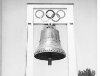 Bundesarchiv_B_145_Bild-P019192,_Berlin,_Olympiaglocke