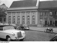 Bundesarchiv_B_145_Bild-P047890,_Berlin,_Kreuzberg,_Synagoge_am_Fraenkel-Ufer