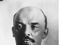 Bundesarchiv_Bild_102-00033A,_Wladimir_Iljitsch_Lenin