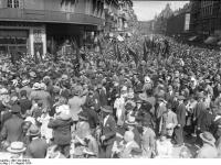 Bundesarchiv_Bild_102-00610,_Berlin,_Umzuges_des_Reichsbanners