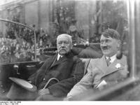 Berlin, Mai-Feier, Hindenburg und Hitler (1 mai 1933)