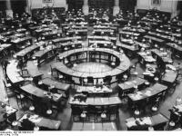 Bundesarchiv_Bild_146-1998-010-27,_Berlin,_Staatsbibliothek