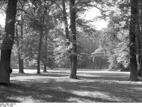 Bundesarchiv_Bild_170-517,_Potsdam,_Sanssouc,_Antikentempel