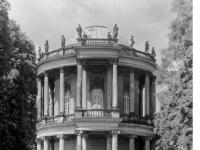 Bundesarchiv_Bild_170-522,_Potsdam,_Sanssouci,_Belvedere
