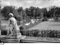 Bundesarchiv_Bild_170-527,_Potsdam,_Sanssouci,_Bildergalerie