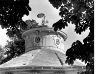Bundesarchiv_Bild_170-561,_Potsdam,_Sanssouci,_Chinesisches_Teehaus