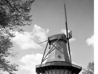Bundesarchiv_Bild_170-627,_Potsdam,_Sanssouci,_Historische_Mühle