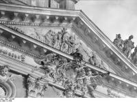 Bundesarchiv_Bild_170-647,_Potsdam,_Sanssouci,_Detail_am_Neuen_Palais