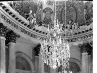 Bundesarchiv_Bild_170-826,_Potsdam,_Schloß_Sanssouci,_Marmorsaal