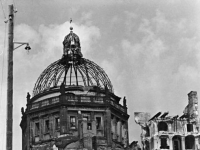 Bundesarchiv_Bild_183-07964-0001,_Berlin,_Berliner_Schloss,_Ruine