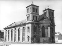 Bundesarchiv_Bild_183-15219-0001,_Magdeburg,_Nicolaikirche,_Restaurierung