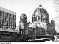 Bundesarchiv_Bild_183-1982-0113-301,_Berlin,_Dom
