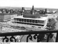 Bundesarchiv_Bild_183-1982-0615-021,_Dresden,_Kulturpalast