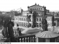 Dresden: Semperoper (17 January 1985)