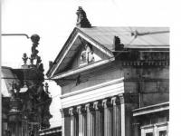 Bundesarchiv_Bild_183-1986-0717-008,_Dresden,_Schinkelwache