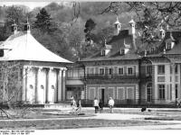 Bundesarchiv_Bild_183-1987-0504-003,_Dresden,_Schloss_Pillnitz,_Bergpalais