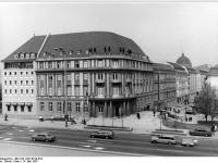 Bundesarchiv_Bild_183-1987-0519-034,_Berlin,_Ephraim-Palais