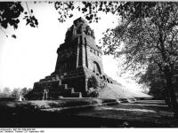 Bundesarchiv_Bild_183-1988-0929-300,_Leipzig,_Völkerschlachtdenkmal