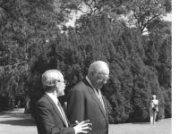 Bundesarchiv_Bild_183-1990-0521-414,_Bonn,_Helmut_Kohl_und_Lothar_de_Maizière