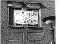 Bundesarchiv Bild 183-1990-0923-006, Berlin, Protes in U-Haftanstalt Pankow
