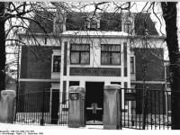 Bundesarchiv_Bild_183-1990-1221-002,_Weimar,_Humboldt-Straße,_Nietzsche-Archiv