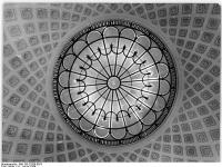 Bundesarchiv Bild 183-23200-0073, Berlin, Sowjetische Botschaft, Mittelsaal, Kuppel