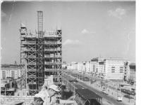 Bundesarchiv Bild 183-25692-0005, Berlin, Bau Karl-Marx-Allee, Hochhaus Block G-Süd